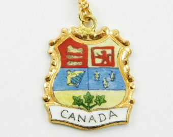 Vintage Canada Necklace