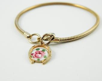Guilloche Horseshoe Charm Bracelet