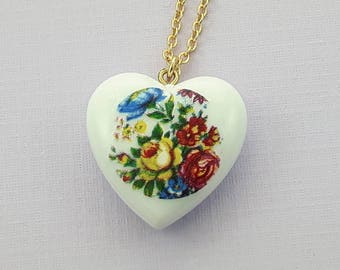 Vintage Floral Heart Necklace - NC0018