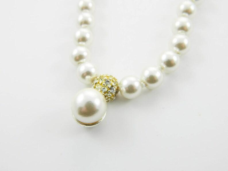 Pearl Crystal Pendant Choker