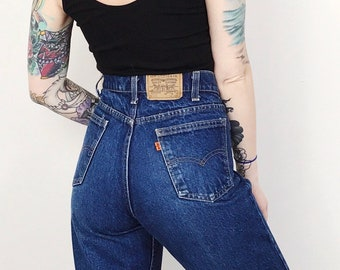 Levi's Orange Tab Vintage High Waisted Dark Wash Blue Jeans // Women's size 30 31 9 10 11