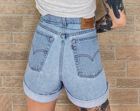 Levi's Vintage Denim Shorts / Size 30