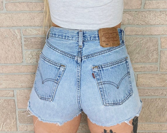 Levi's 501 Distressed Cut Off Shorts / Size 26