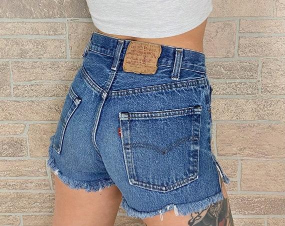 Levi's 501 Vintage Shorts / Size 24