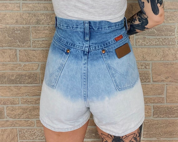 Wrangler Ombré High Rise Shorts / Size 29 30