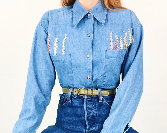90's Embroidered Flower and Bee Denim Shirt