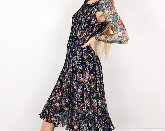 Delicate Tissue Paper Sheer Floral Pleated 90's Summer Dress
