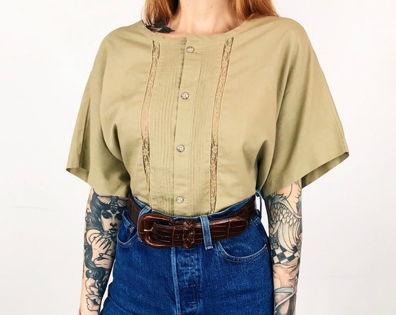 Vintage Lightweight Lace Pleated Blouse
