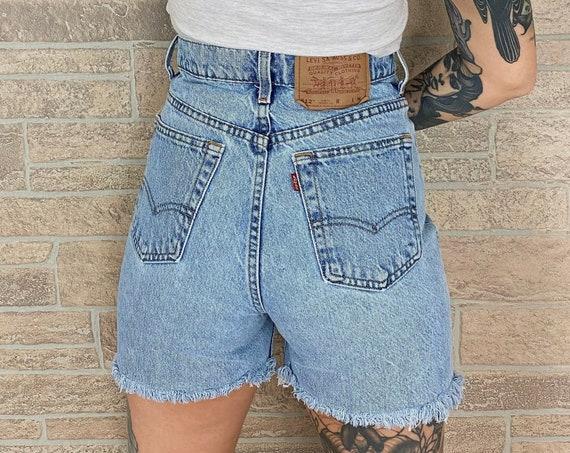 Levi's 512 Cut Off Shorts / Size 27 28
