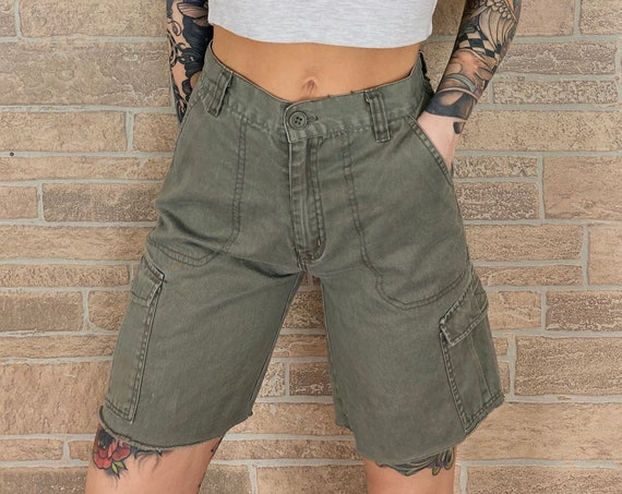 90's Cut Off Cargo Shorts / Size 24