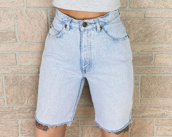 Levi's 901 Light Wash Slim Bermuda Shorts / Size 25