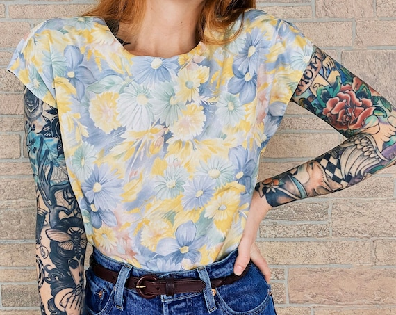 Retro Pastel Watercolor Daisy Blouse