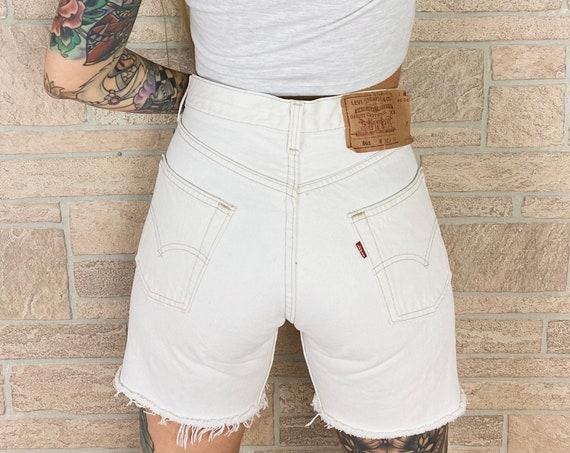 Levi's 501 White Shorts / Size 27 28