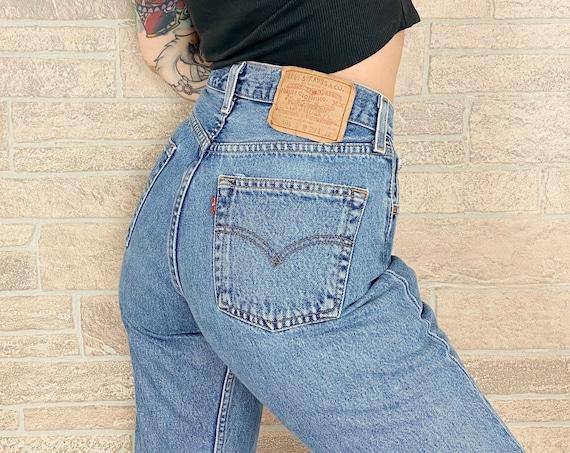 Levi's 501 Vintage Jeans / Size 26 27