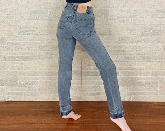 Levi's 501 Grey Jeans / Size 23
