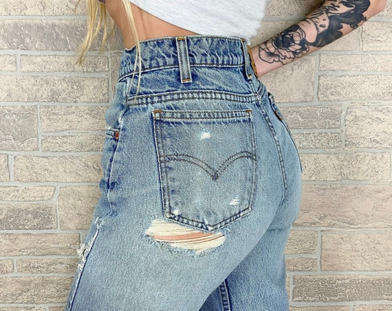 Levi's 505 Distressed Worn Jeans / Size 27 28