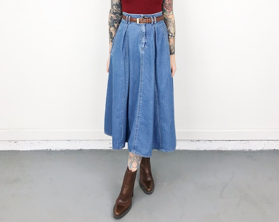 90's High Rise Denim Skirt / Size XS