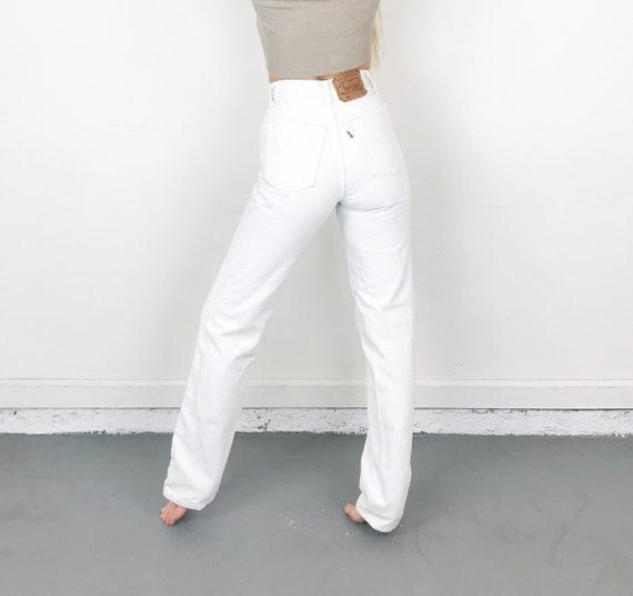 Levi's 501 White Jeans / Size 24