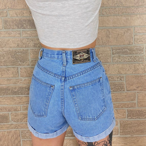 Express High Rise Button Fly Cuff Shorts / Size 23 24