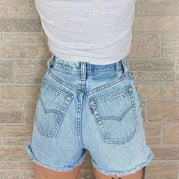 Levi's 501 Cut Off Shorts / Size 24