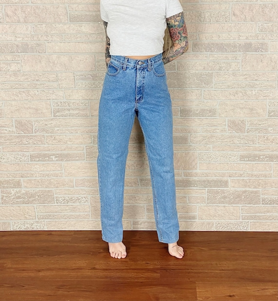 Guess High Rise Jeans / Size 28 29