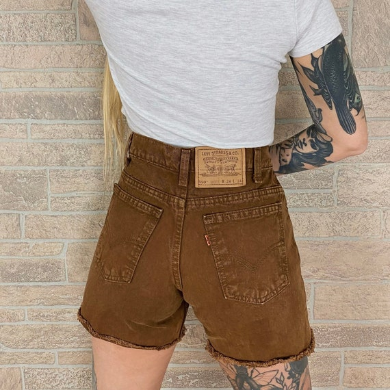 Levi's 550 Brown Shorts / Size 26