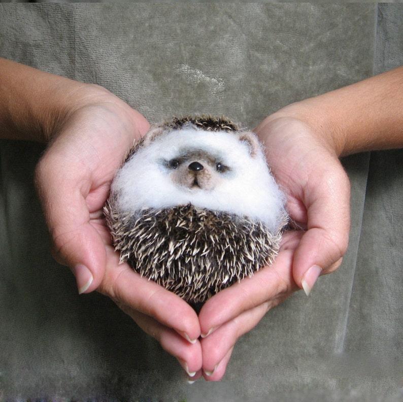 Hedgehog lump Felt Toys Needle Wool Animals Sculpture Felting image 0