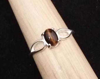 Tiger Eye Sterling Silver Ring - Size 8