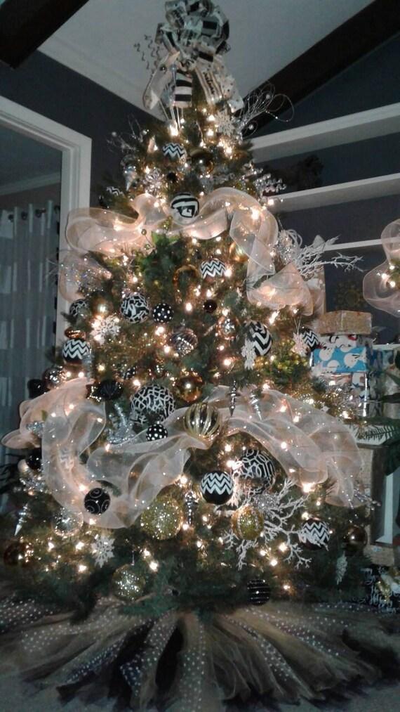 image 0 - Black And Gold Christmas Tree