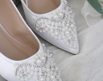 WHITE Satin Pointy toe flats with oversized PEARLS APPLIQUE 1a98d31338d8