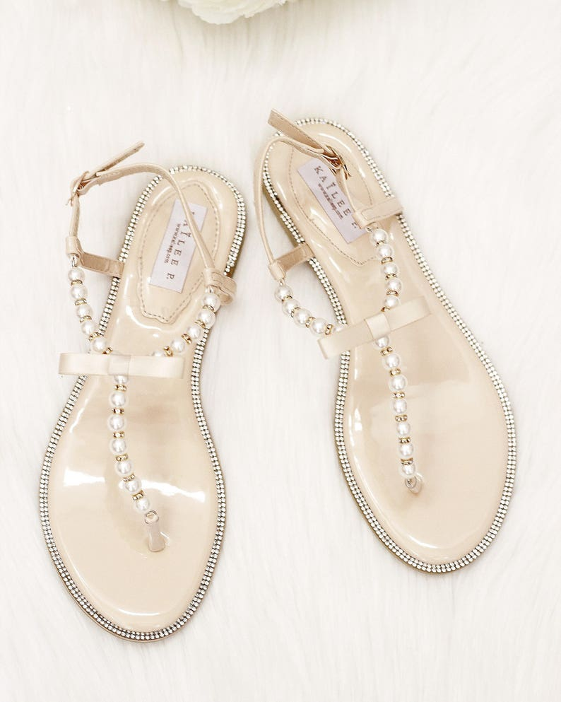 9a4d48788cde1 Women and Girls Sandals T-Strap BEIGE Pearl with