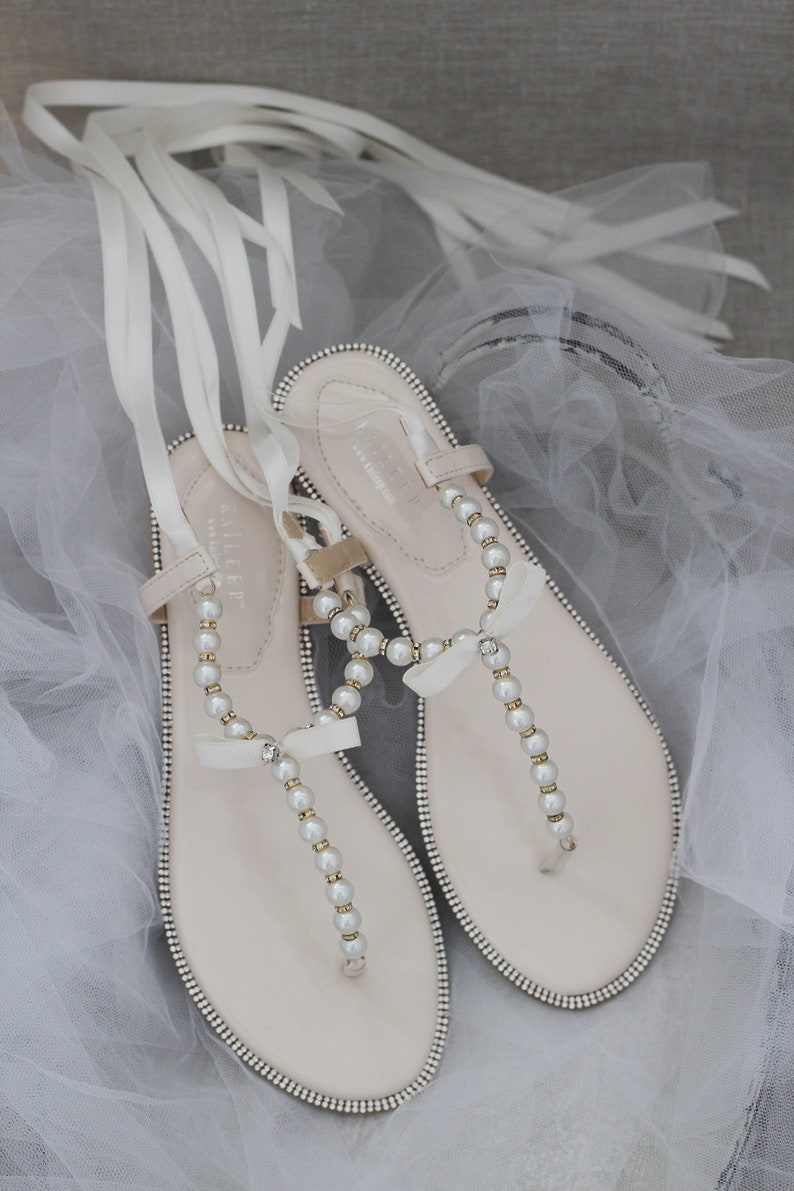Women & Girls Flat Sandals  T-Strap BEIGE Pearl  with image 0