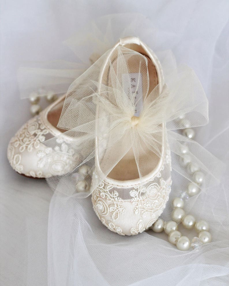 f0205686e3fab Girls IVORY Crochet Lace Shoes - Maryjane Flats with tulle Bow - For flower  girls, baptism and christening shoes