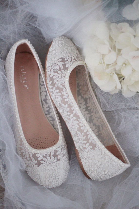 IVORY Lace round toe flats with MINI PEARLS - Women Wedding Shoes,  Bridesmaid Shoes, Bridal Shoes