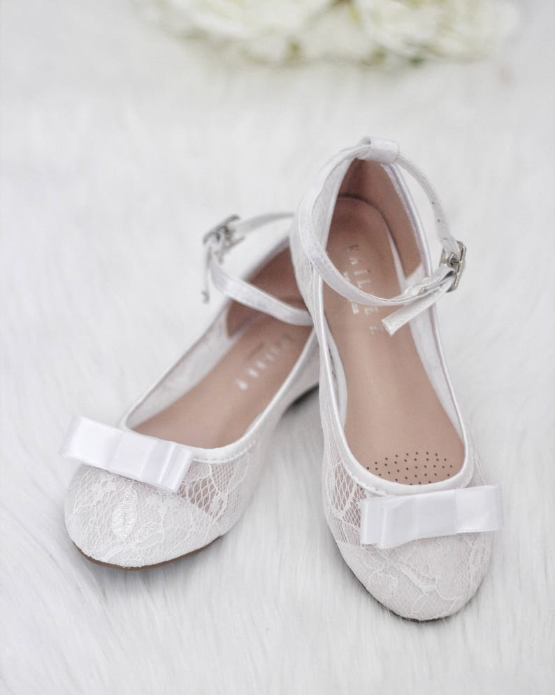 1a8d3e762cf49 Girls WHITE LACE Ballet Flats with satin bow For Flower