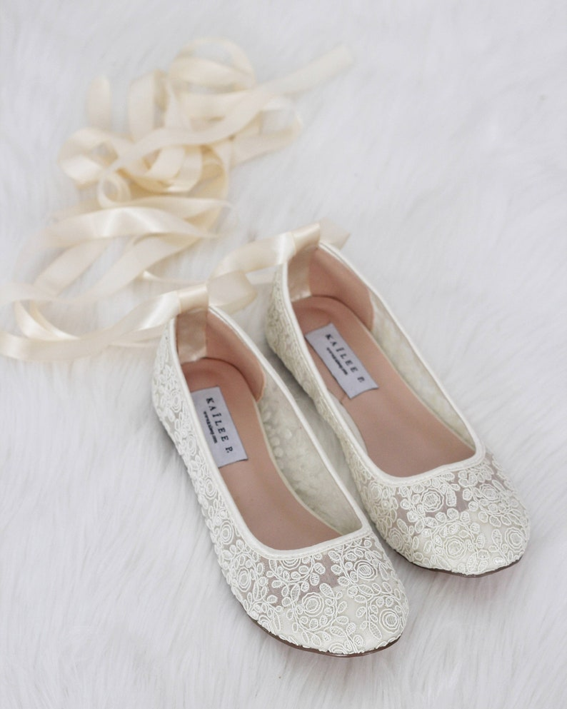 7bf9b6151ec IVORY LACE round toe flats with BALLERINA lace up Women