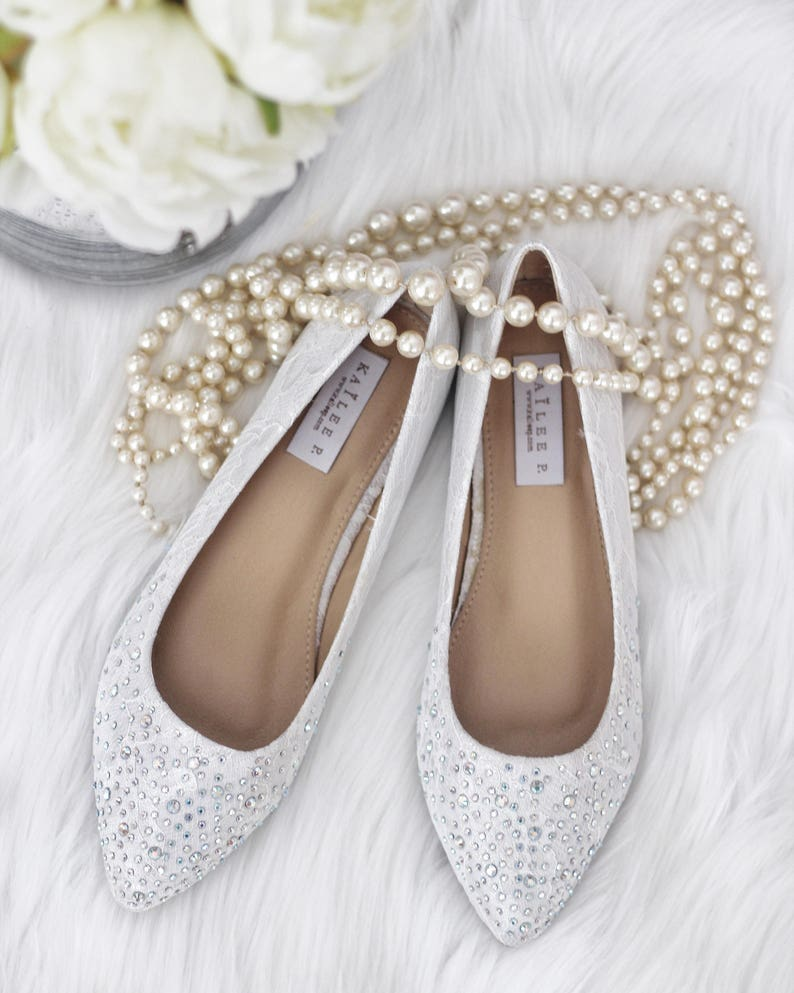 ad86b583e388 Women Wedding Lace Shoes Bridesmaid Shoes WHITE LACE Pointy