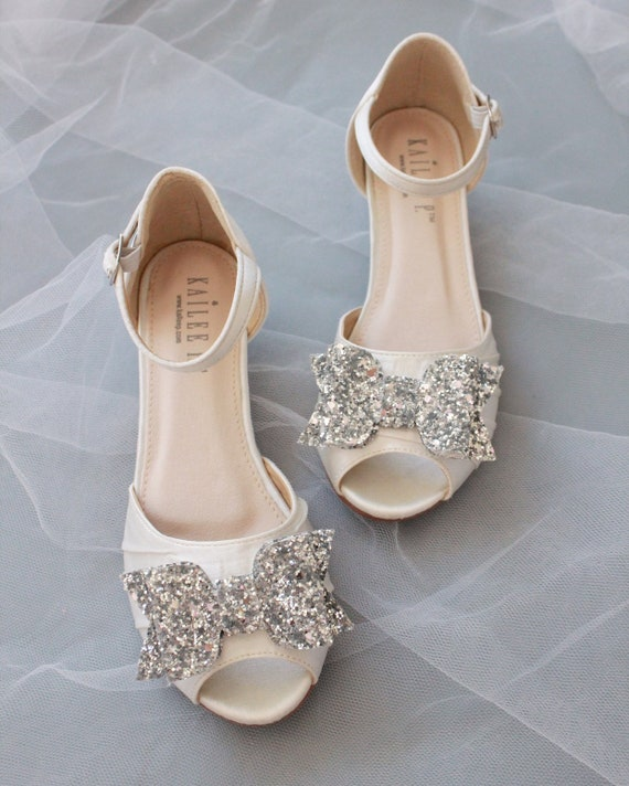 WHITE SATIN Low Heel Sandal with Rock Glitter bow, Flower Girls Shoes, Jr. Bridesmaids Shoes, Girls Sandals, Holiday Shoes