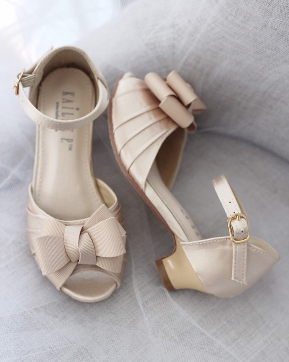 CHAMPAGNE SATIN Heel Sandal with grosgrain bow, Flower Girls Shoes, Jr. Bridesmaids Shoes, Girls Sandals