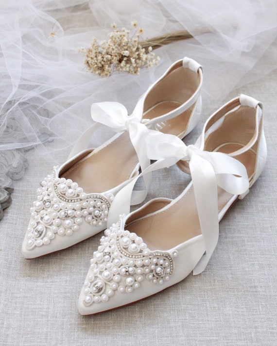 Scarpe Sposa The Woman In White.White Satin Pointy Toe Flats With Oversized Pearls And Etsy