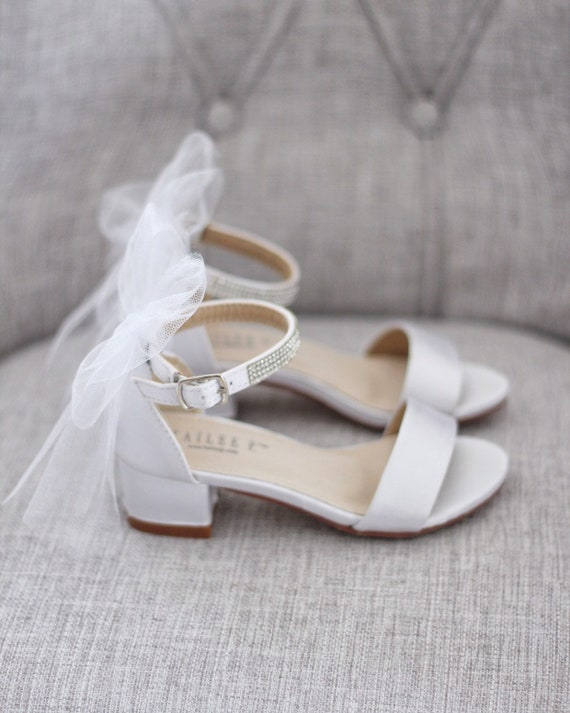 WHITE SATIN Block Heel Sandals with Tulle Bow, Girls Sandals, Flower Girls Shoes, Jr.Bridesmaid Shoes