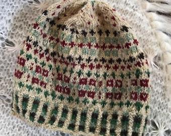 PineyWoods kep,  Shetland wool, teen, adult sized, slouch cap, festive,
