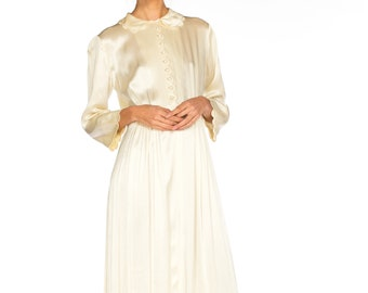 6ce50c0c57 1920s-white Silk Button Up Scalloped Edge Dressing Gown Robe Size  xs