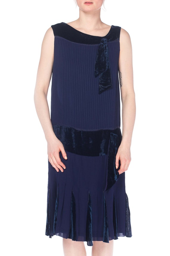 1920S Navy Blue Silk & Velvet Pintucked Drop Waist