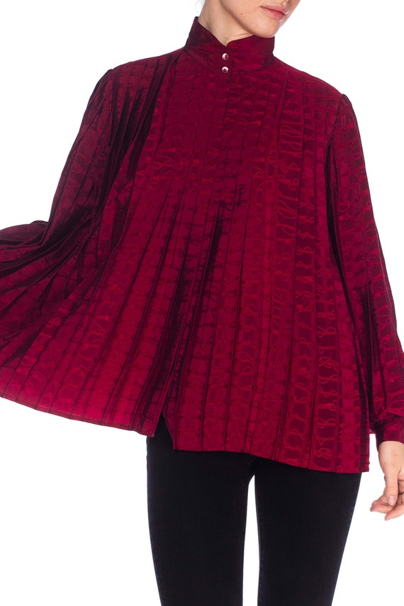 1970S GUCCI Cranberry Red Silk Jaquard Pleated Bl… - image 8