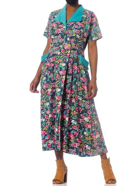 Size Small 100/% Cotton 1960s Bright Floral House Dress w Braided Collar by Chiha USA Vintage Mod A-line Pink /& Blue Dress