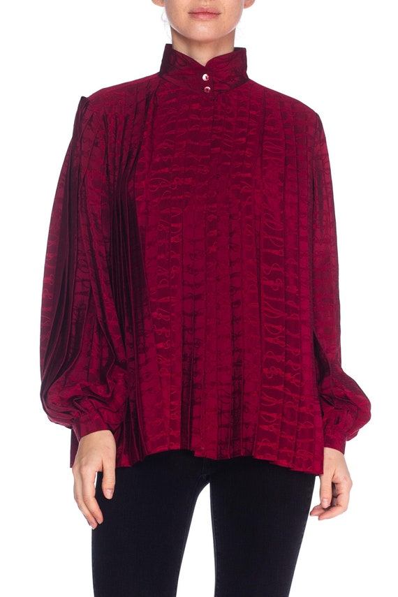 1970S GUCCI Cranberry Red Silk Jaquard Pleated Bl… - image 1