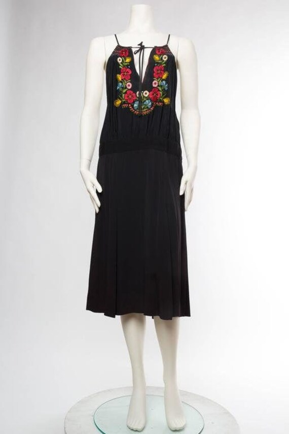 1940S Morphew Collection Rayon Bohemian Embroidere
