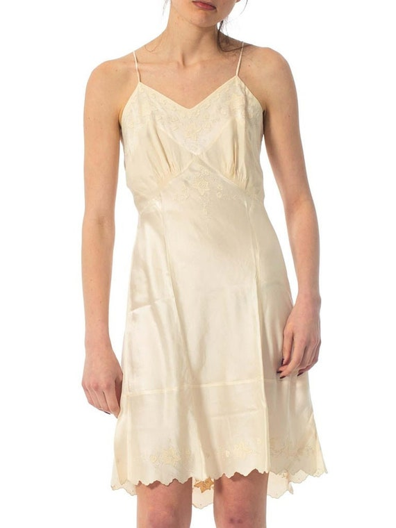 1930S Ivory Hand Embroidered Silk Charmeuse Slip D