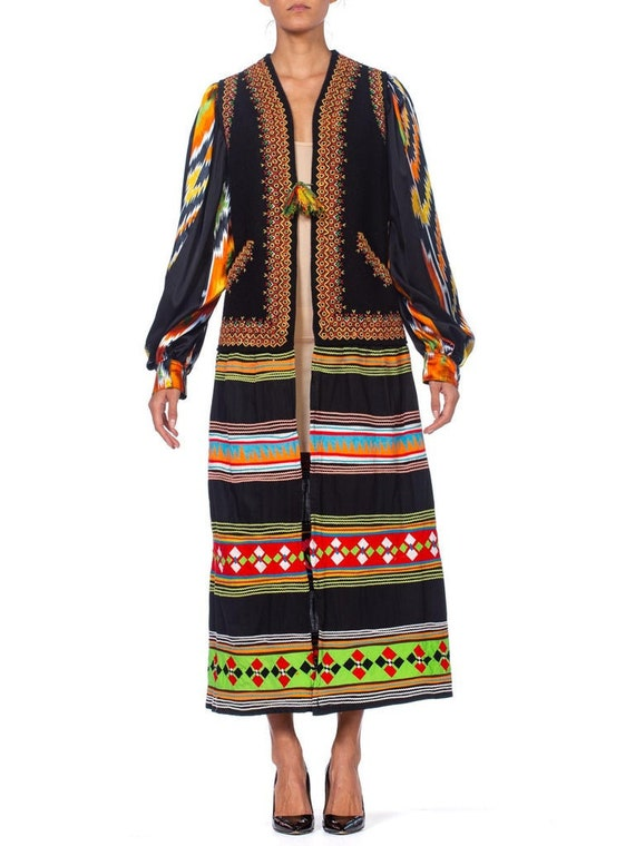 MORPHEW COLLECTION Black Hand Embroidered Wool Fel